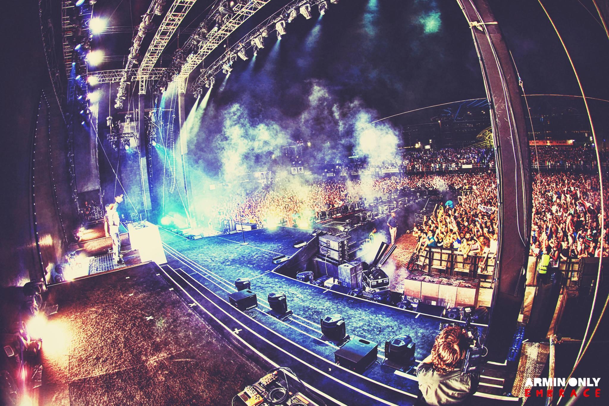 Armin Only Embrace sacudiu Dubai na sexta feira.